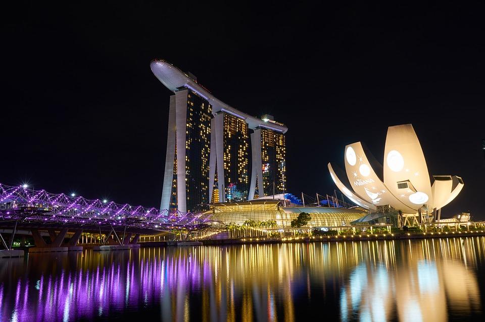 Сингапур и остров Пукет